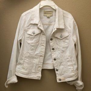 Creamy white jean jacket
